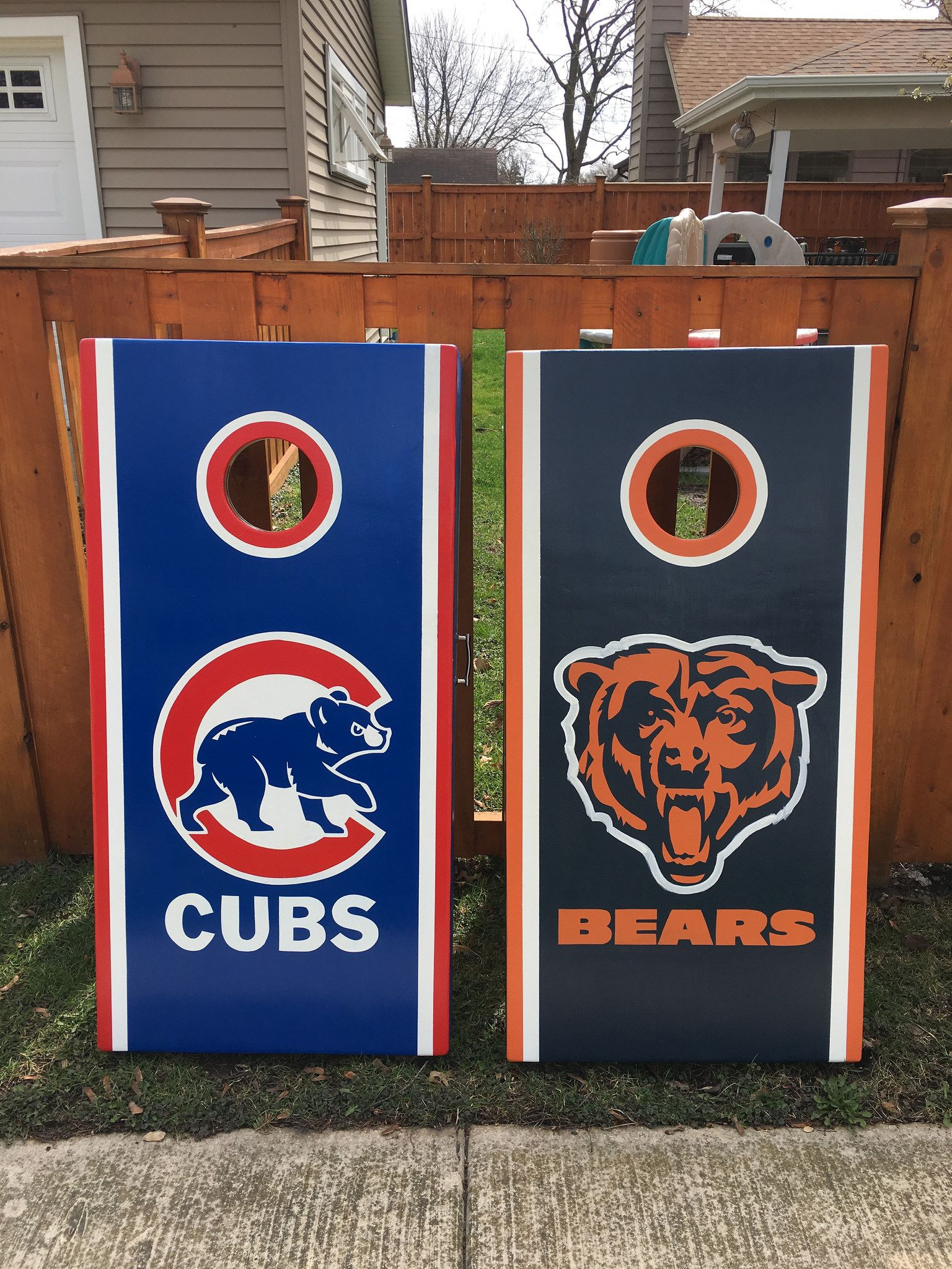 Chicago Bears Cornhole Bag Toss Wrap Set