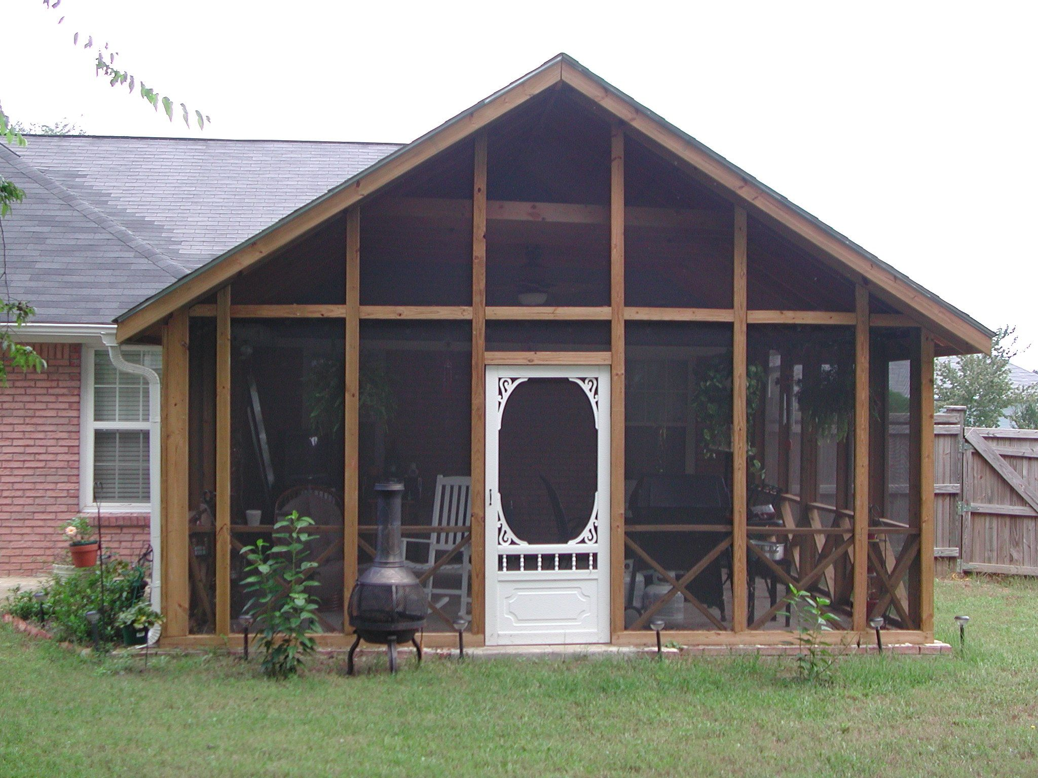 sunrooms how a roof files front amazing repair does between ideas best cost porch at pict style farmhouse much enclosed porches the difference apple for screened understanding screen and enclosing