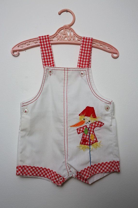 69d5293f2778 CHILD SIZE - Groovy Vintage 60s 70s White   Red Plaid Gingham Happy  Scarecrow Appliqué Romper Overal