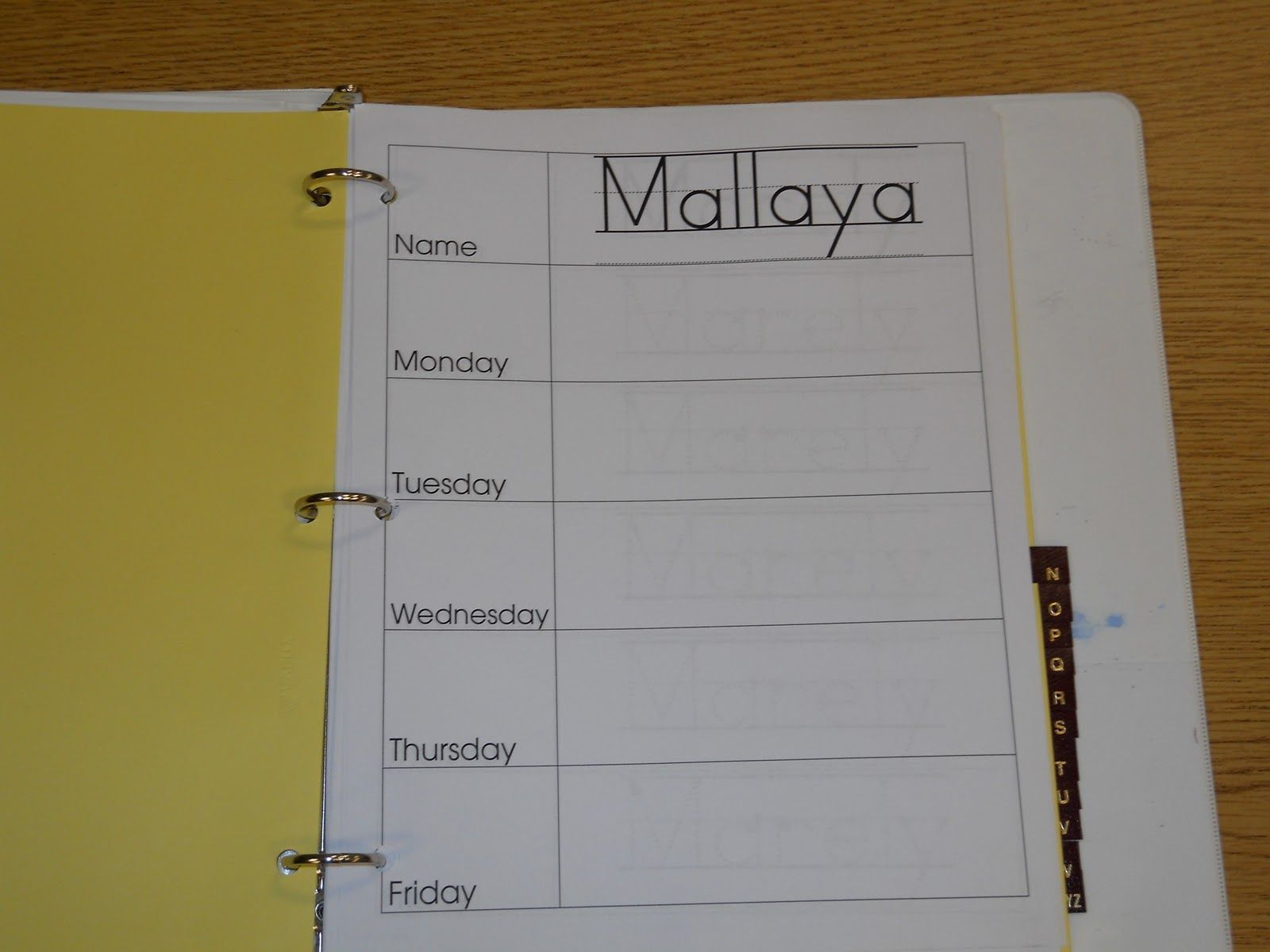 Daily Sign In Binder: Thereu0027s One Page Per Student Per Week, ABC Tabs Help  Create A Sign In Sheet