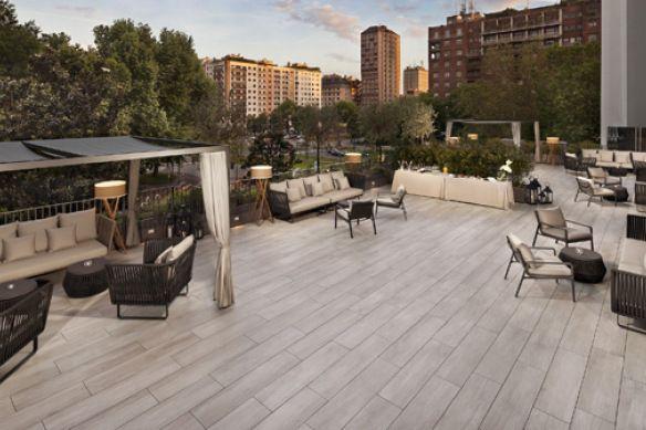 Kettal muebles de exterior para el hotel ME Milán IL Duca ...