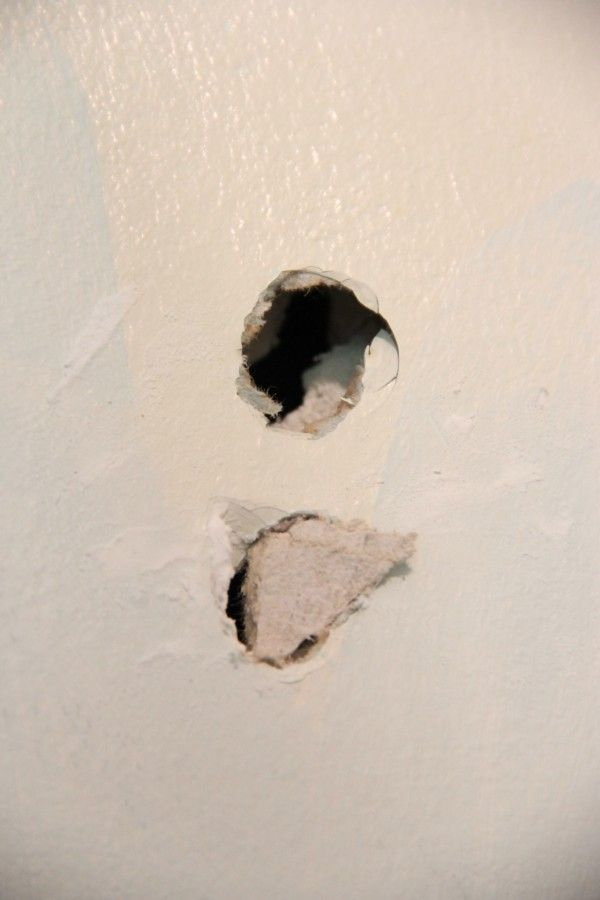 An Easy Way To Plug A Small Hole In The Wall Repair Drywall