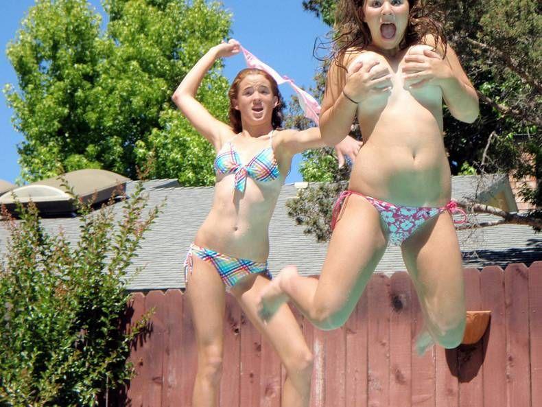 old-toons-naked-teens-pool-party-podkapova-porno