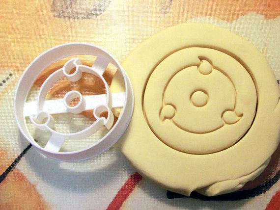Naruto Mangekyo Sharingan Cookie Cutter
