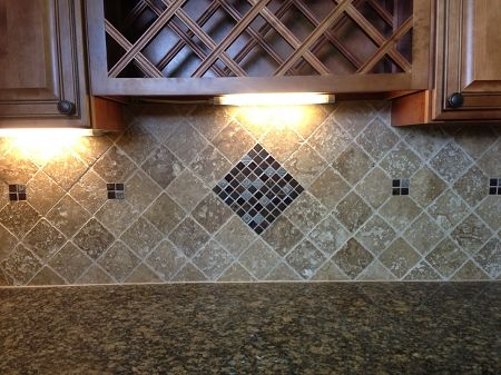 Tumble travertine 4x4 noce and glass mosaic backsplash for 4x4 travertine tile backsplash