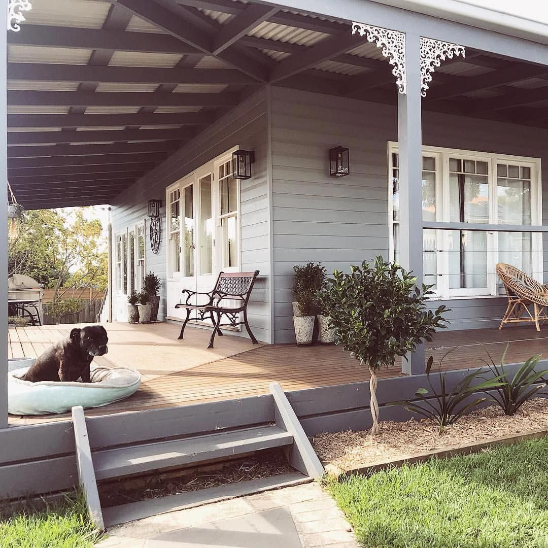 Should I Paint The Deck Frame White Or Charcoal?
