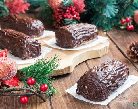 Tronchetto Di Natale Con Ricotta E Cioccolato.Mini Tronchetti Di Natale Con Pandoro E Ricotta Blackberry Pie Ricetta Ricette Al Cioccolato Ricette Dolci Ricette