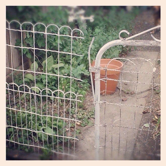 Vintage Wire Garden Fence Yard Garden Fencing Garden