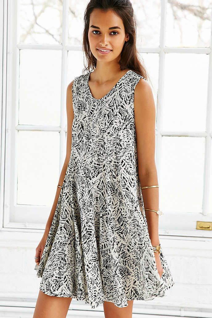 Ecote Clary Godet Trapeze Dress - Urban Outfitters