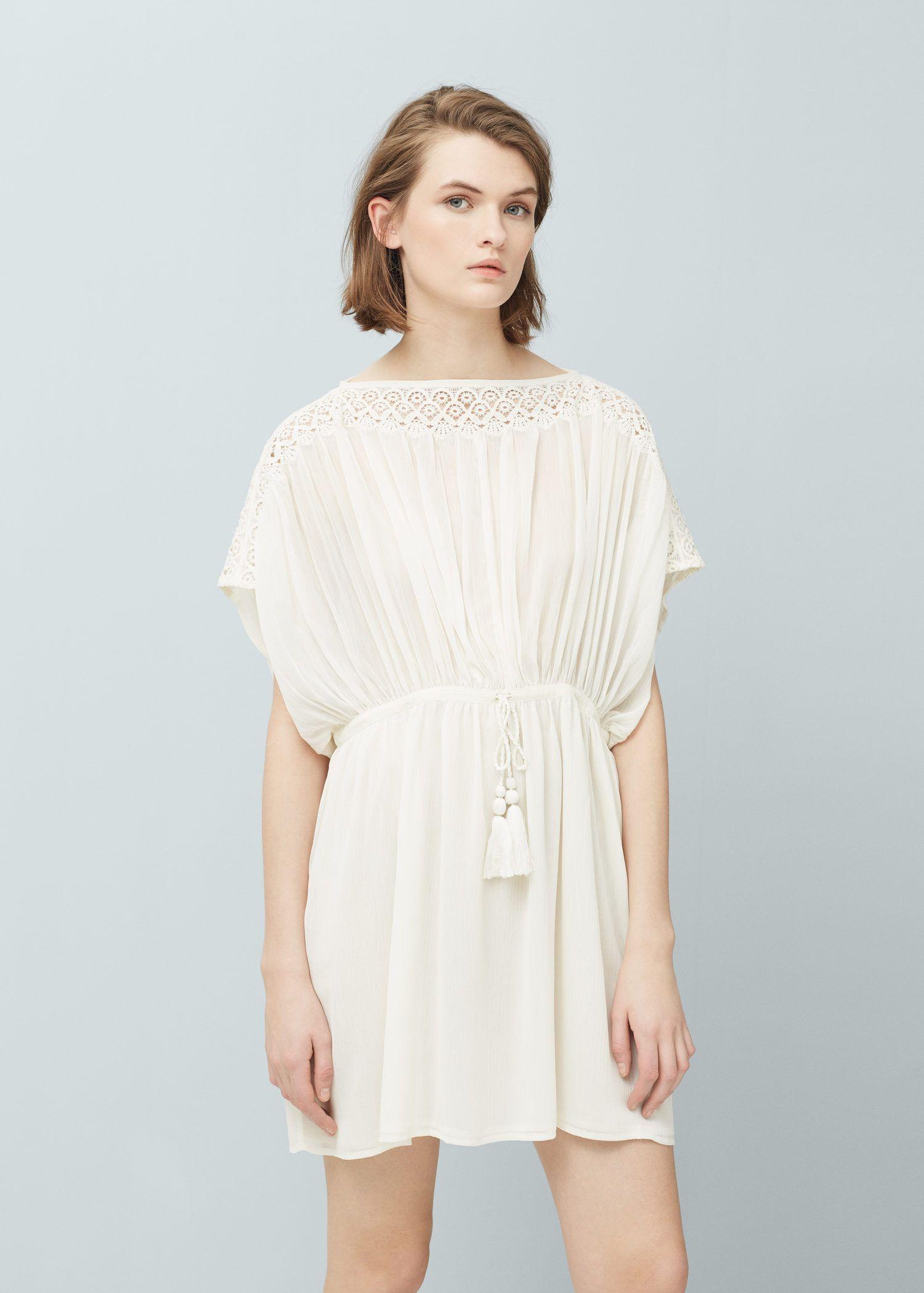 Vestido aplicações renda (cru): MANGO (19,99€)