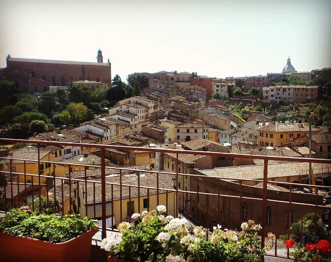 #buongiorno #Siena ..#hotelminervasiena #vista #contradadellalupa