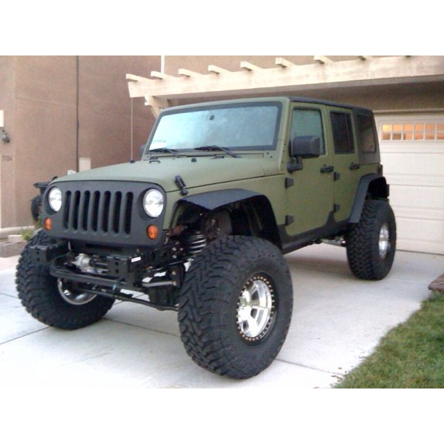 Flat Green On Black Sweet I Ve Got To Get My Hubby To Do This Green Jeep Jeep Images Jeep Wrangler