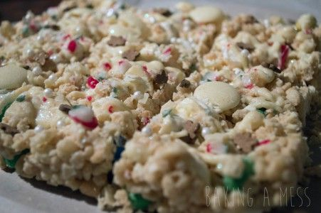 White Chocolate, Christmas Rice Crispy Treats   Baking a Mess