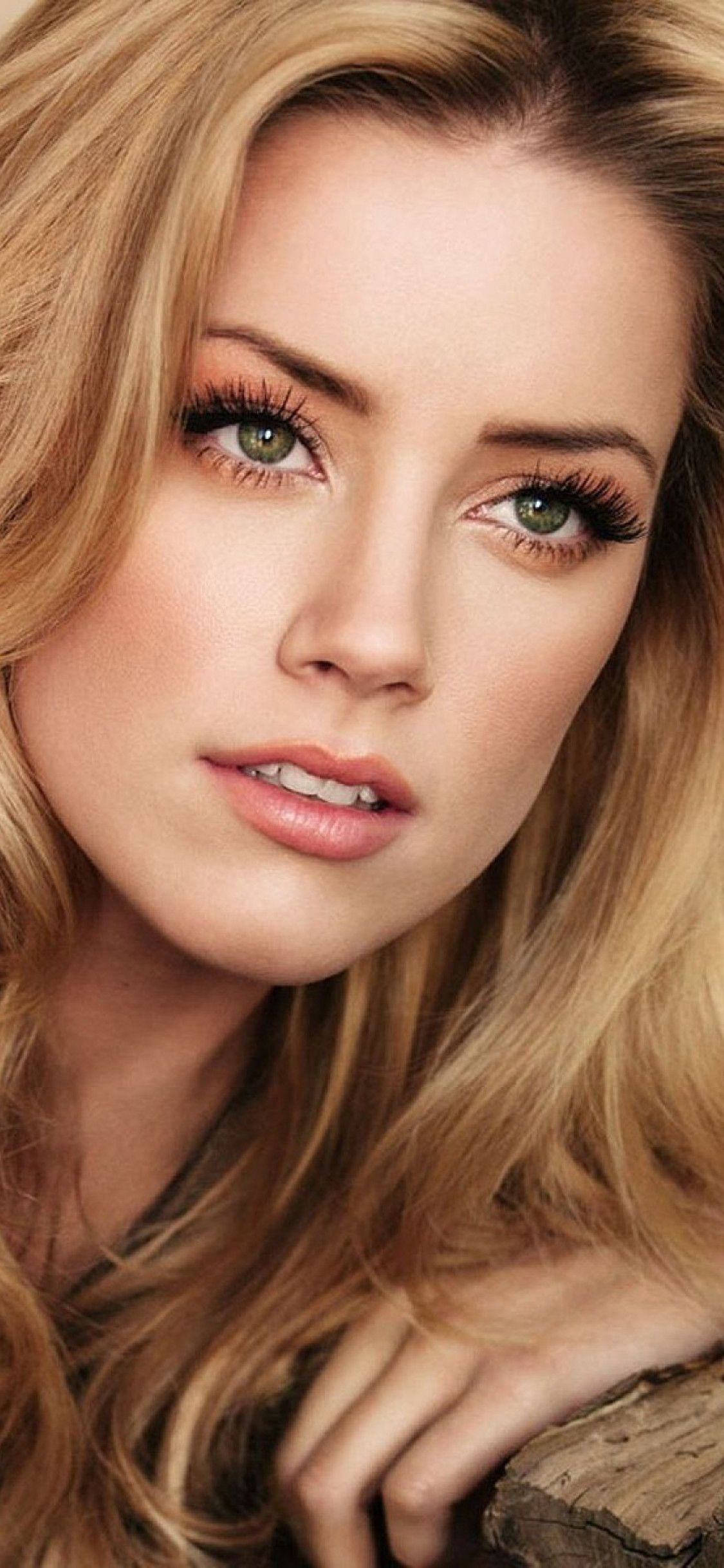 1125x2436 Amber Heard 2019 Iphone Xs Iphone 10 Iphone X Hd 4k Wallpapers Images Backgrounds Photos And Amber Heard Amber Heard Wallpaper Beautiful Girl Face