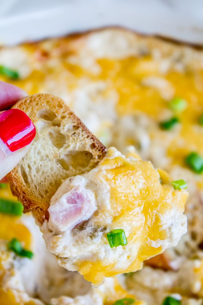 This Ham And Cheese Dip Is So Easy To Put Together Sour Cream And Cream Cheese Form A Rich And Creamy Base With Che Recipes Appetizer Recipes Cooking Recipes