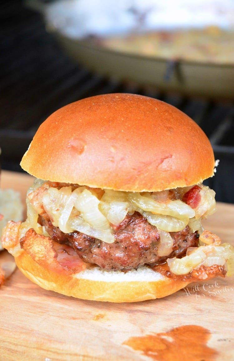 This Is A Simple Bacon Burger Sliders Recipe That Combines Finely Ground Bacon With Ground Beef To Create A Ju Bacon Burger Burger Sliders Bacon Burger Recipes