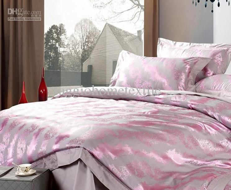 Beautiful Silk Floss Bedding Silver Grey With Pink Pattern