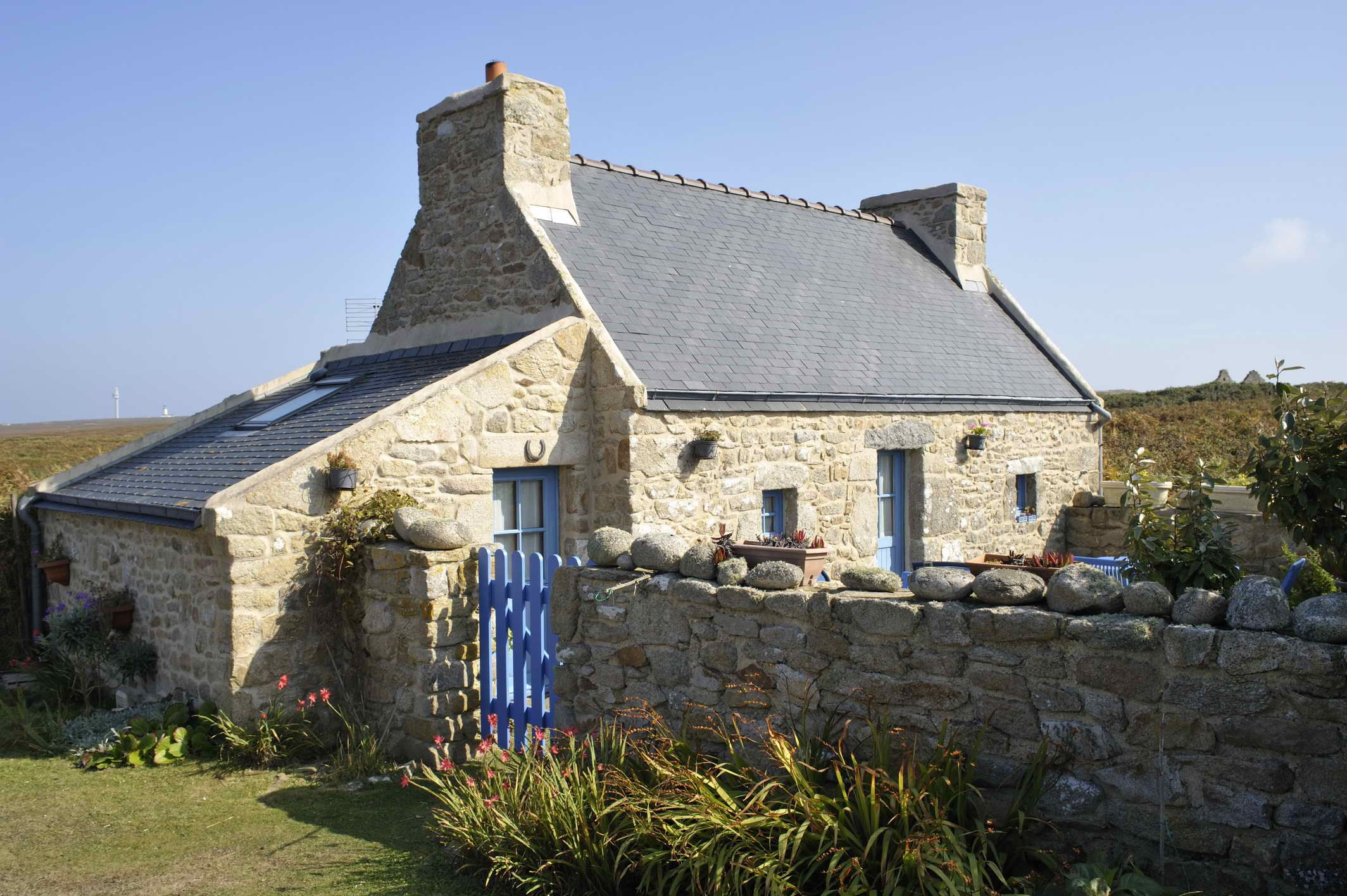 Pin By Tout Commence En Finistere On Bretan Architecture Places Around The World Scenic Views
