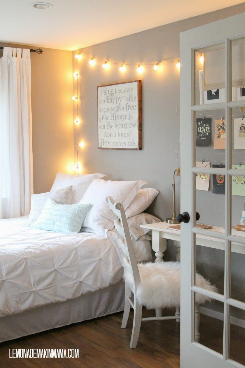 Simple bedroom string lights - Find This Pin And More On Room Ideas