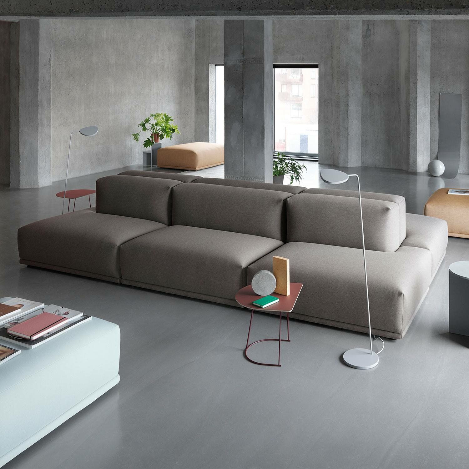 The Muuto Connect Modular System Allows You To Customize The Design For Your Individual Space Adding A Simpl Thuisdecoratie Meubelstoffen Boerderij Woonkamers