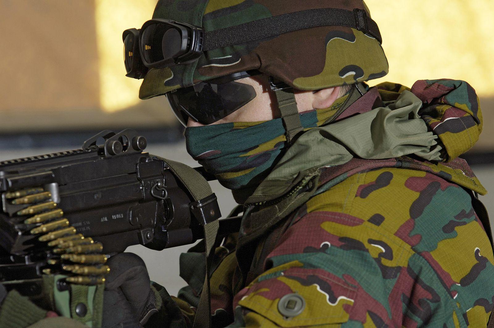Belgian Troop Ess Ice Armed Forces Troops Military