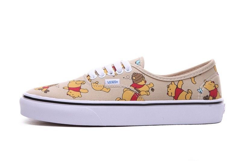 Vans Off the Wall Authentic Disney WInnie the Pooh Light Khaki Mens 10.5  Shoes