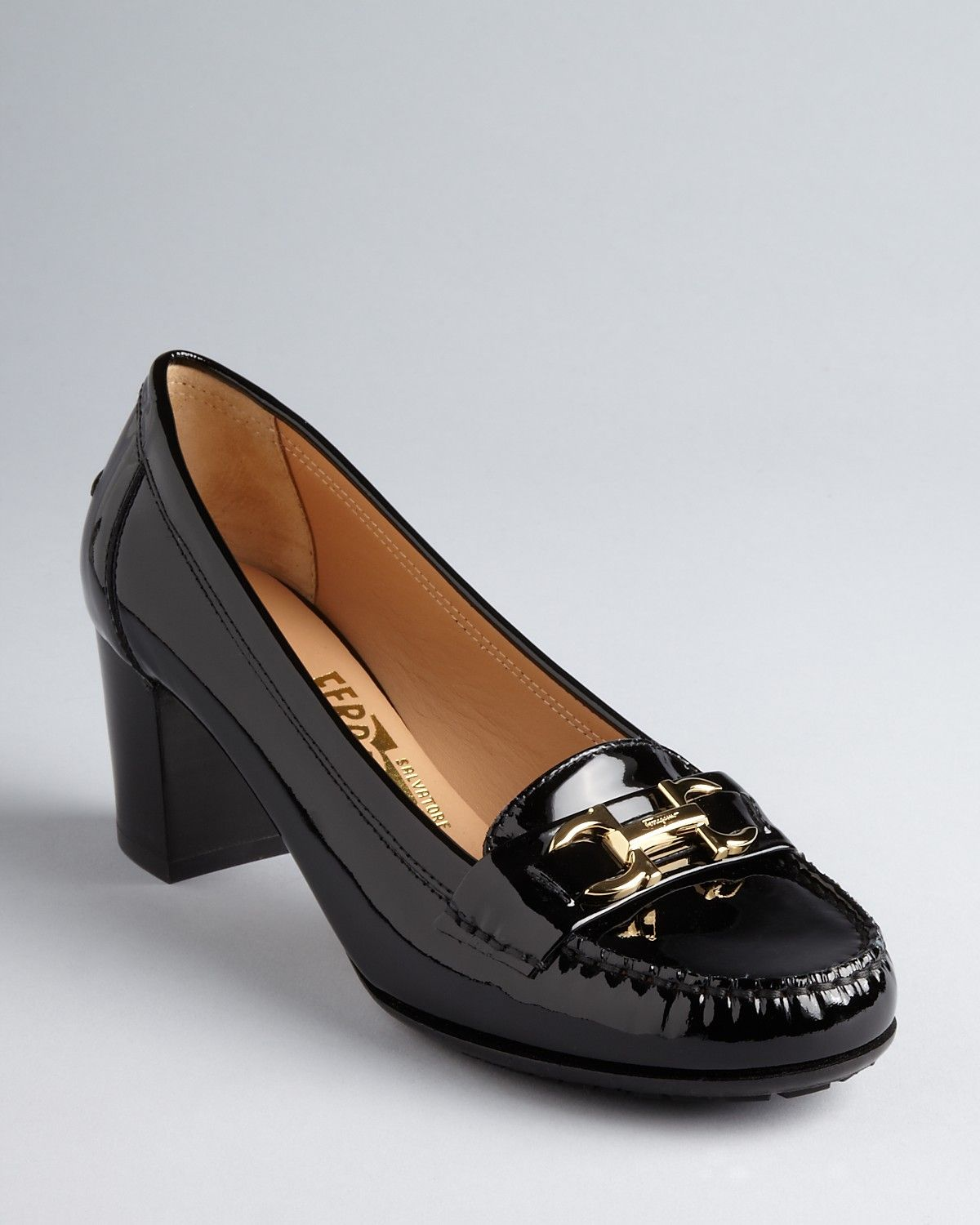 Salvatore Ferragamo Taiga Patent Pumps visit new cheap price free shipping footlocker finishline clearance store cheap price cheap sale sneakernews with paypal online BB51tE