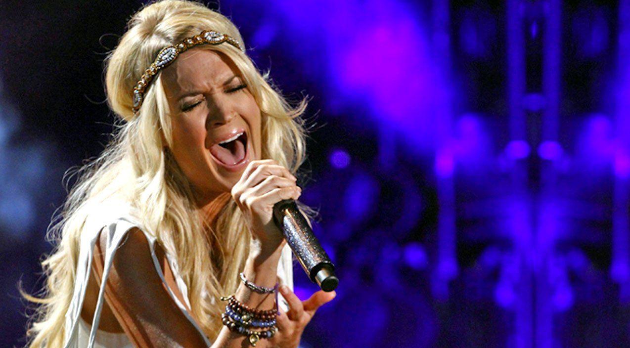 Sunday Night Football Carrie Underwood Carrie Underwood Photos Celebrities