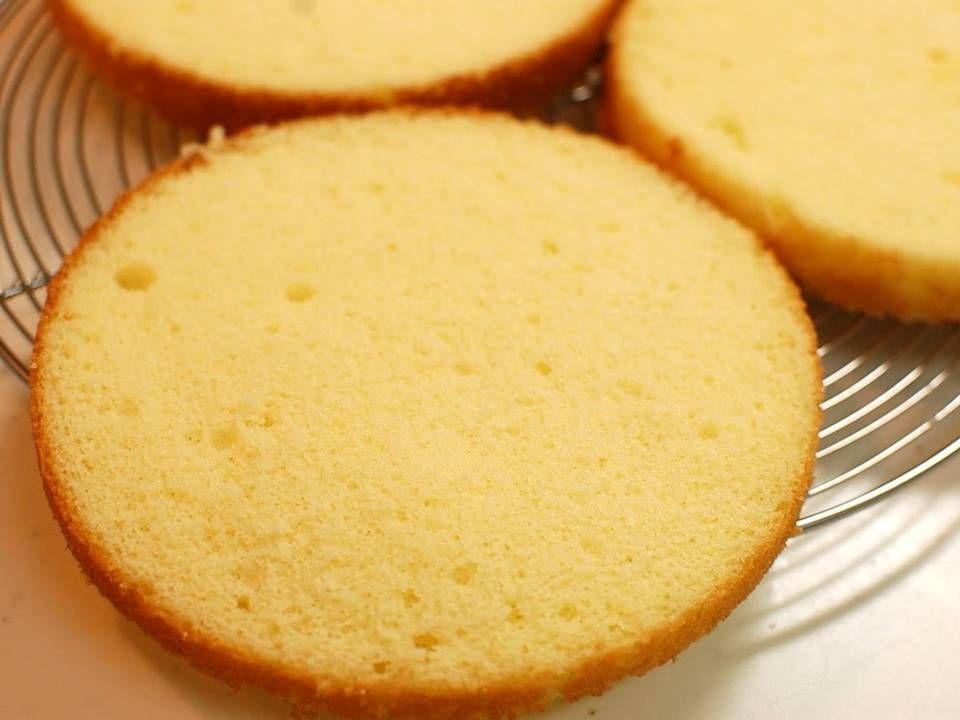 Basic Moist Sponge Cake Recipe In 2020 Cake Recipes Sponge