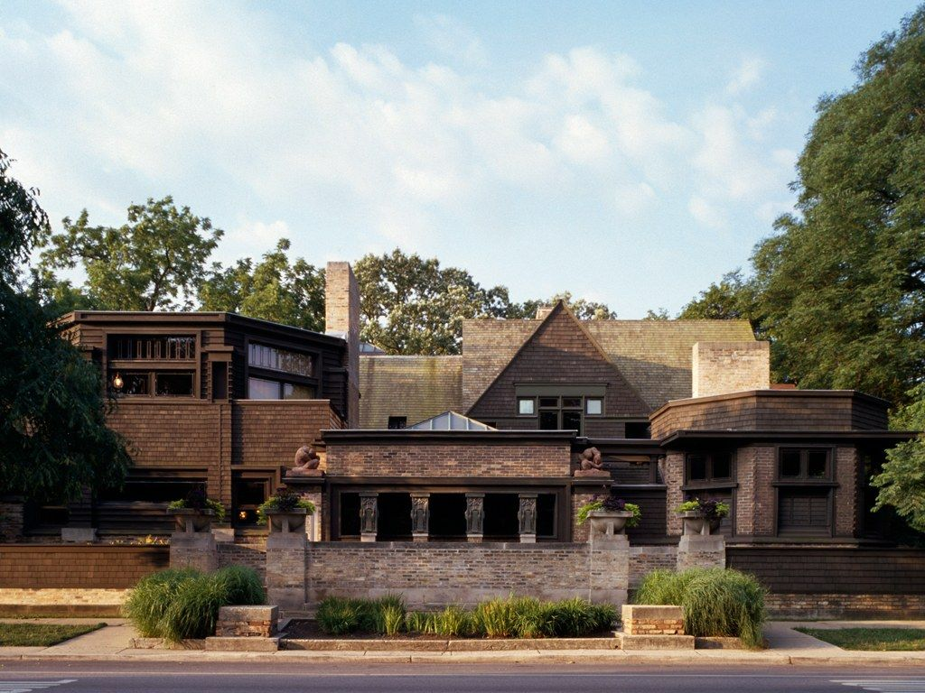 Wright Designed More Than 150 Structures While Working In This Building Which Uses Simple Materials S Frank Lloyd Wright Homes Frank Lloyd Wright Architecture