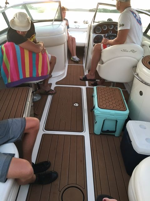 Searay 290 Slx Decked Out In Aqua Marine Deck Brownteak Nonskid Wecoveredalmosteverything Boat Kits Boat Interior Teak