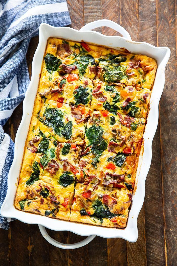 Loaded Breakfast Casserole with Hash Brown Crust {Paleo, Whole30} |