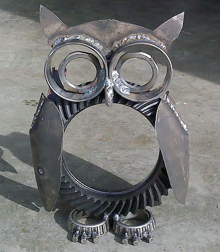 Dana 60 Owl, by S  Alcantara is part of Metal yard art, Welding art, Welding projects, Metal tree wall art, Metal garden art, Metal welding - projects
