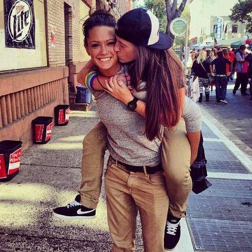Kari and her lesbo friend