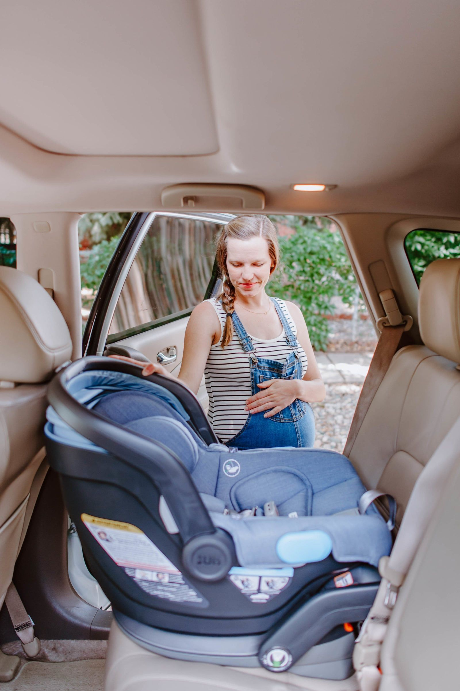 Excellent Uppababy Mesa Car Seat Picking Out Installing The Car Machost Co Dining Chair Design Ideas Machostcouk
