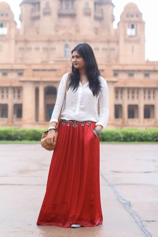 c1dcd36927 Red Maxi Skirt | STYLE : Couture | Maxi skirt outfits, Fashion, Outfits