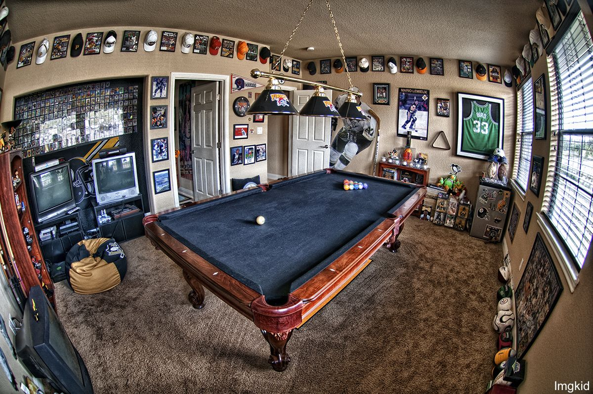 10 Must Have Items For The Ultimate Man Cave Man Caves