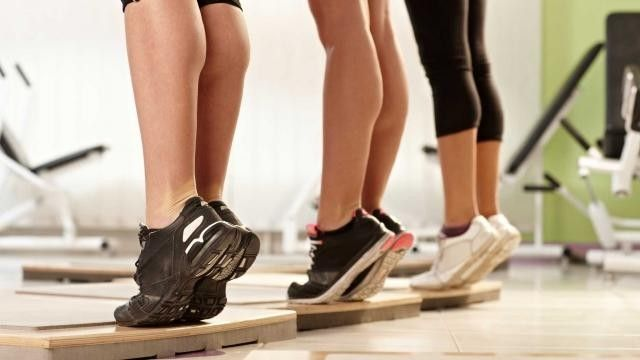 Exercícios Juventude: coração, pernas e coluna
