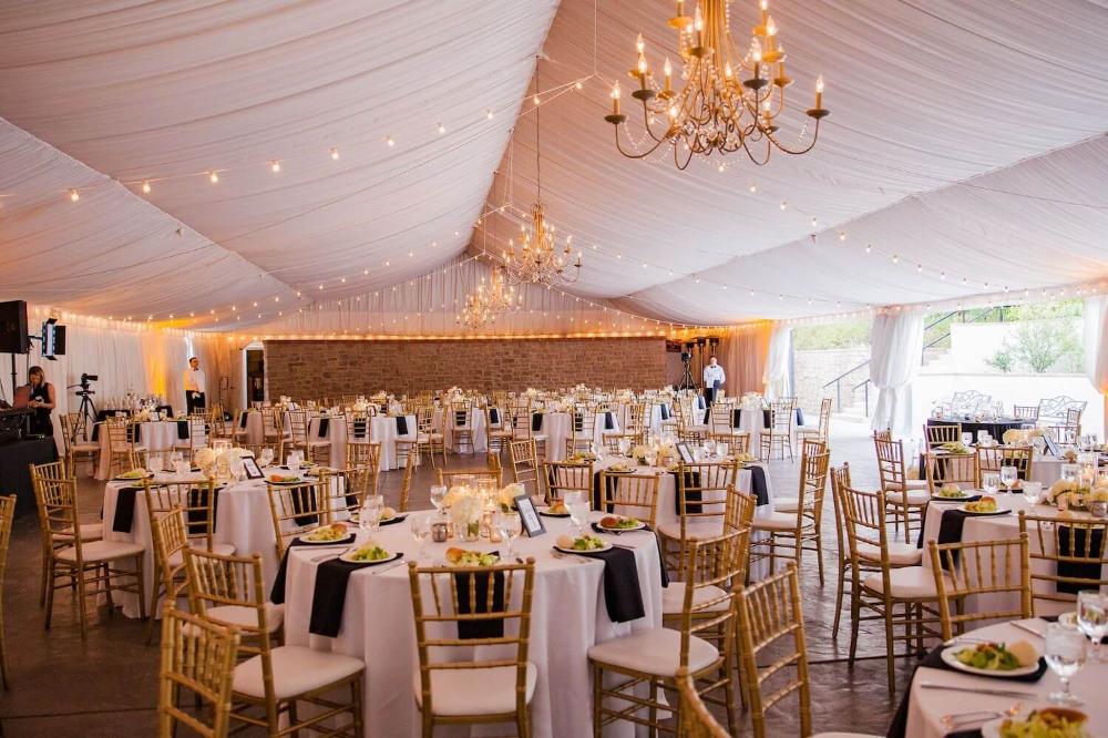 5 Surprisingly Affordable Wedding Venues In Phoenix Joy Affordable Wedding Venues Wedding Venues Phoenix Wedding Venue