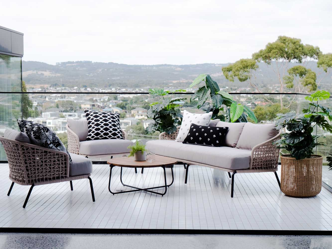 Beautiful Patio Design Ideas For Outdoor Living And Relaxation Outdoor Furniture Design Beautiful Outdoor Furniture Veranda Furniture