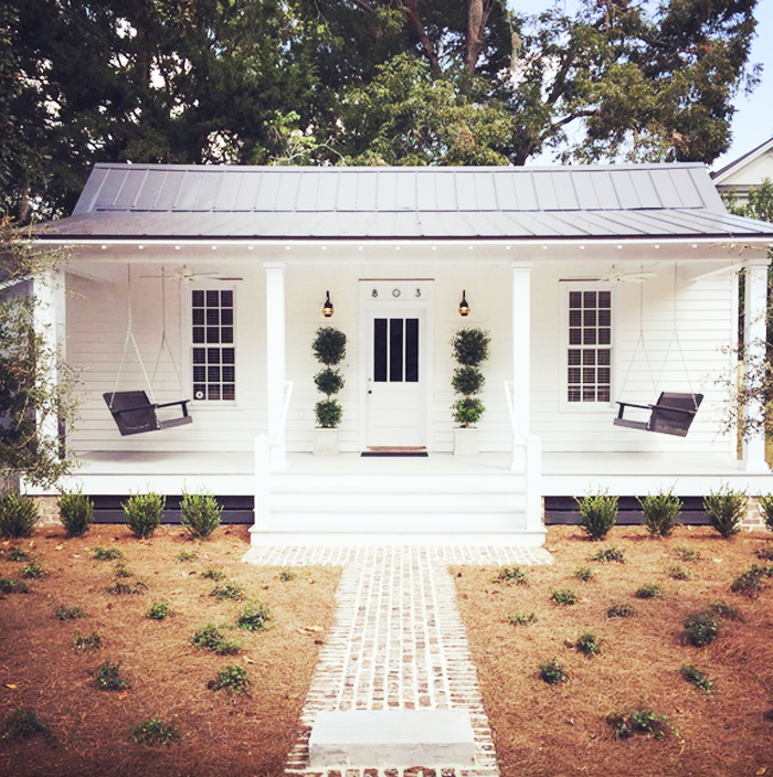 Hotel Style Restored Historic 1889 Cottage In Sc Small Farmhouse Plans Cottage Renovation Small Farmhouse