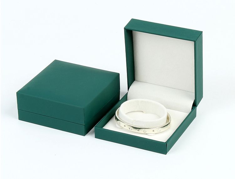 Logo Custom Jewelry Boxes With Velvet Insert For Ring Necklace