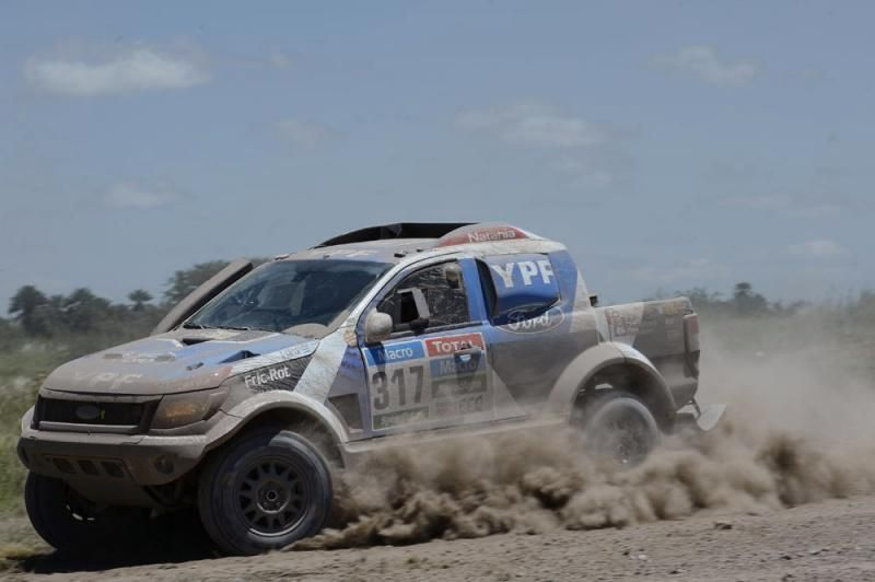 #Villagra and #Memi have finished tough #Dakar2015! 25th on final SS13 to Buenos Aires, 27th overall - well done!