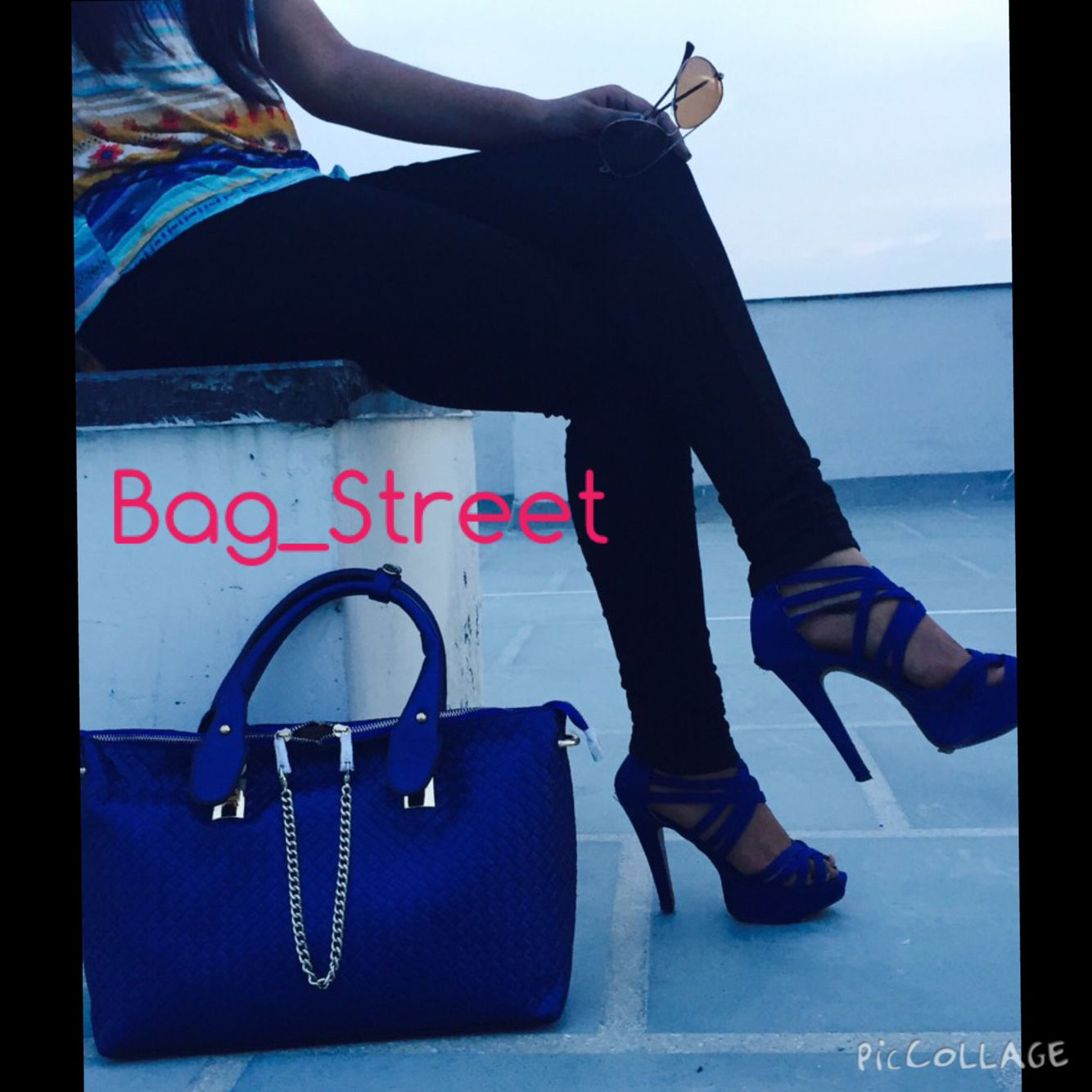 Swag bag.. Metallic blue tote with a centre zipper #bagstreet