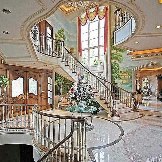 Elegant Mansion Foyers: Elegant Foyer! #foyer #staircase #home #homes #mansions