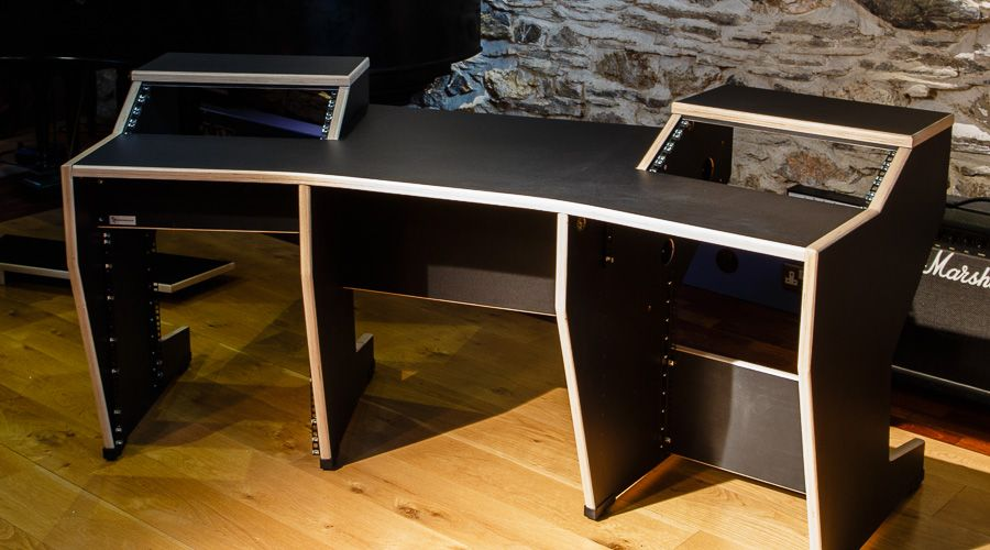 4 Studioracks Minimaster Desk