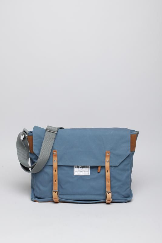 b37ed232a Awesome retro styling on this canvas shoulder bag from Ally Capellino.