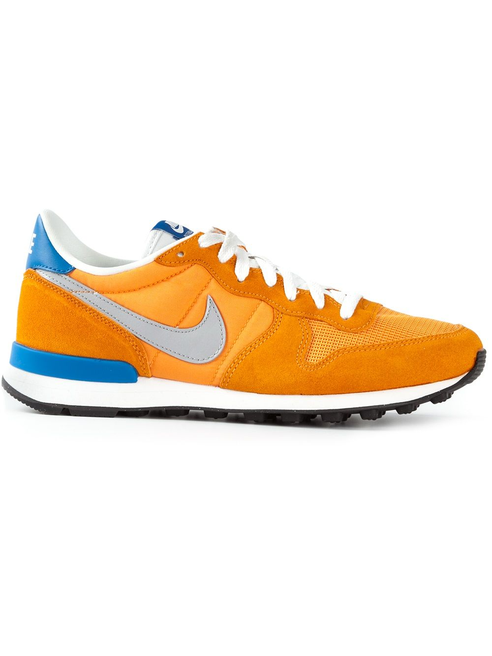 Nike - bright orange Internationalist sneakers  #nike #Nike #nikesneakers #mentrainers #jofré