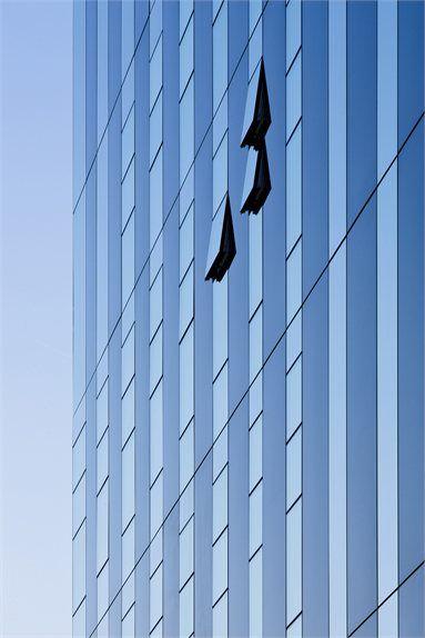Corby Cube - Corby, United Kingdom - 2010 - Roger Hawkins #facade #glass