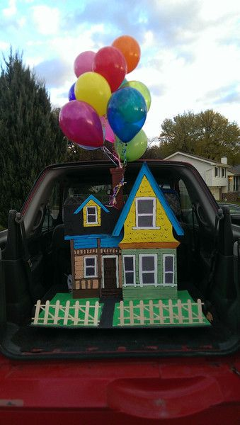 I Made Disney\u0027s Up House for trunk or treat! See the photos
